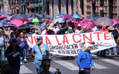 Resultado de imagen para marchan maestros d ela cnte en tijuana el martes